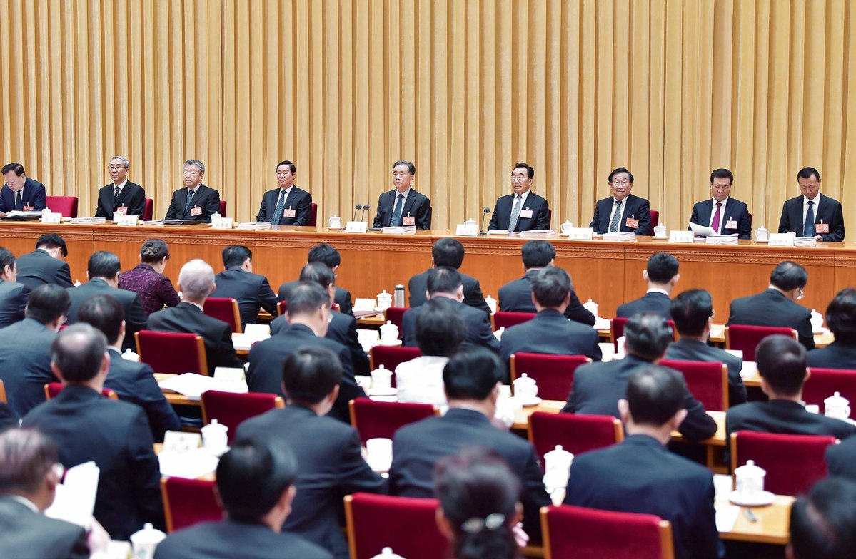 Political advisers told to better fulfill duties