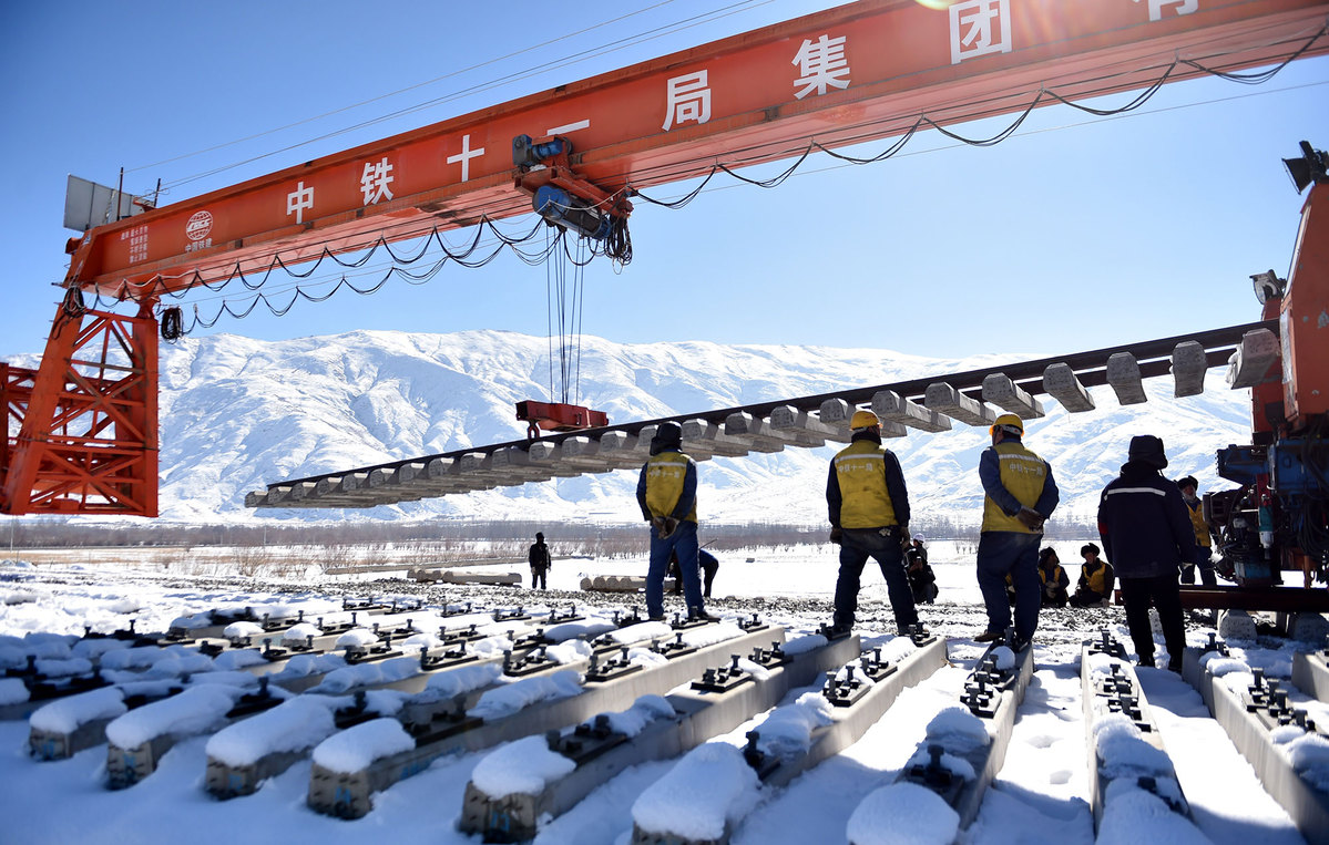 Sichuan-Tibet Railway to see high-speed trains at 200 km/h