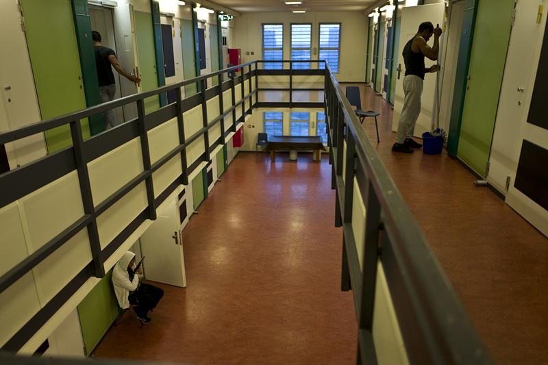 prison_副本.jpg