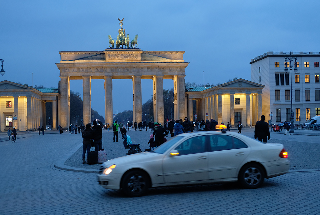 Over half of Germans expect overall shift to right after European elections: survey