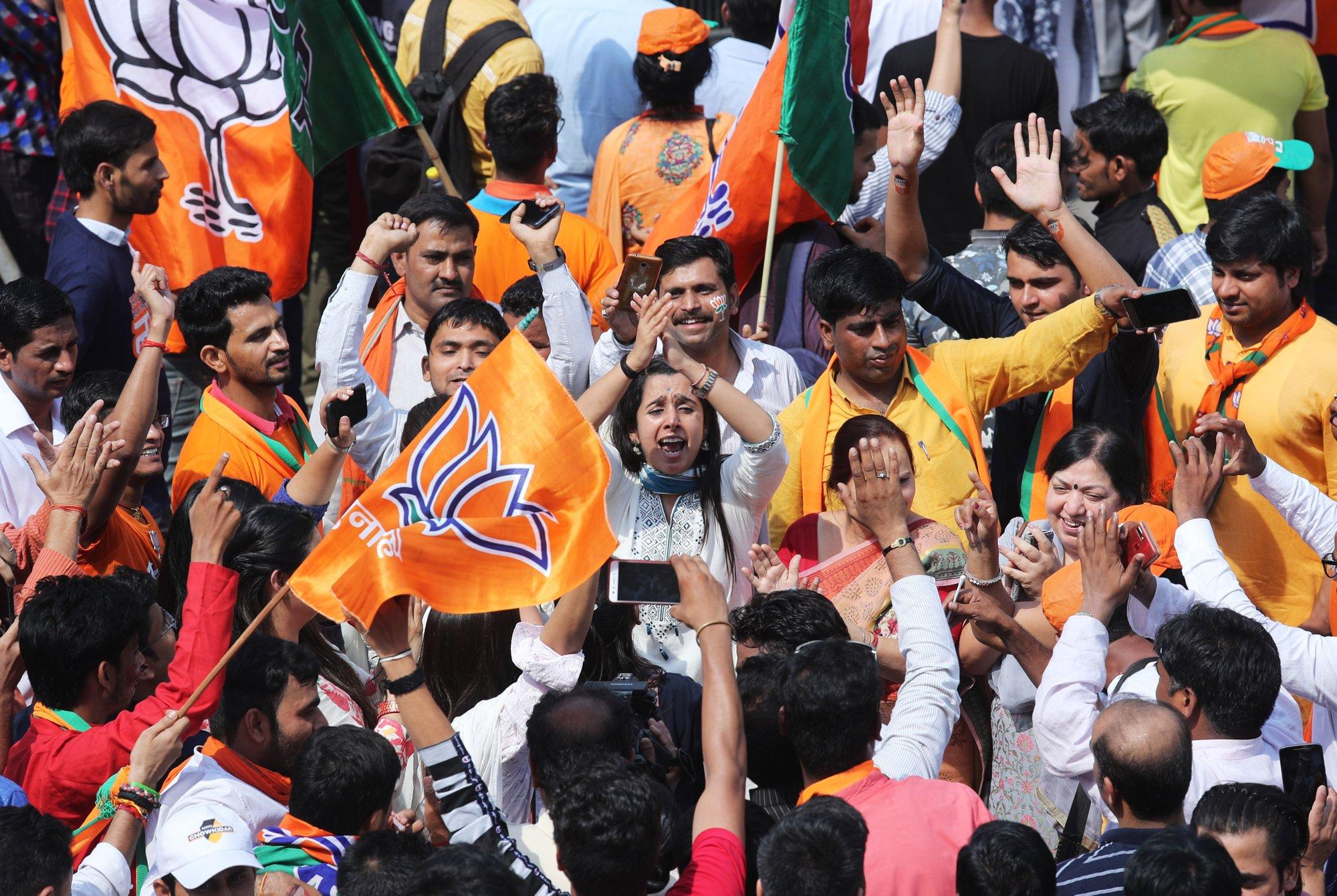 Pakistan PM congratulates Modi on India election