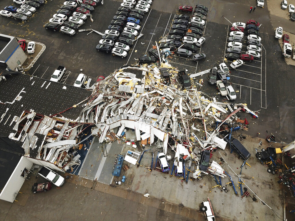 Fourth day of nasty storms ravages central US