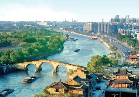 Political advisors propose better protecting Grand Canal
