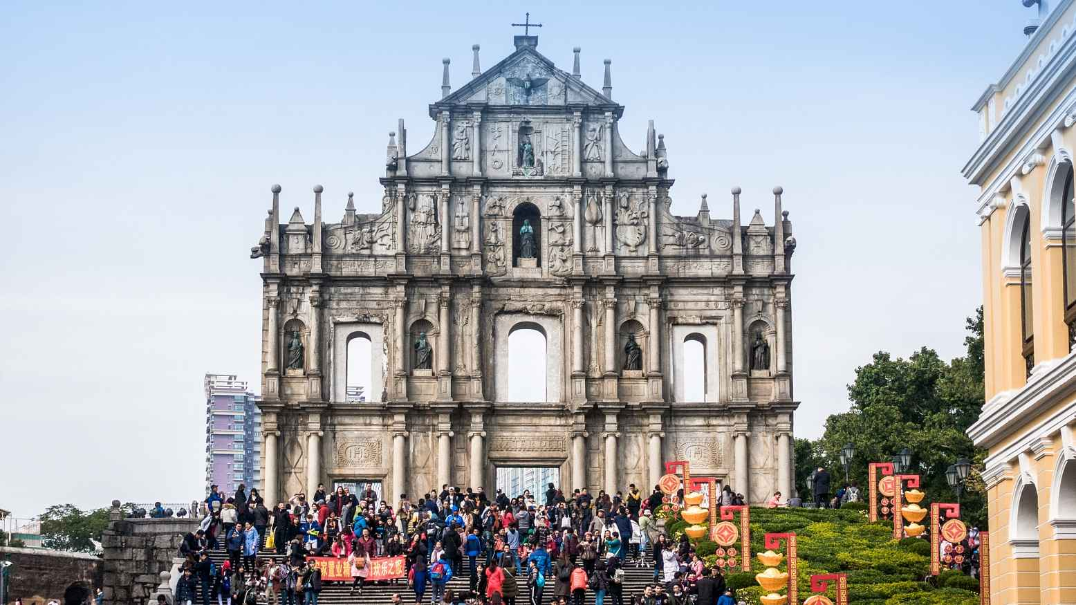 Macao's tourism up 15.9 percent in April