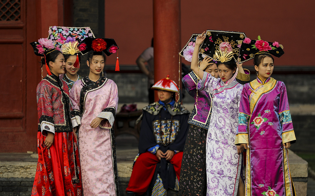 First Qipao culture festival opens in NE China