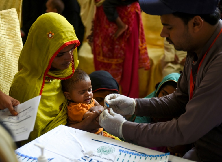Over 600 people test HIV positive in Pakistan city