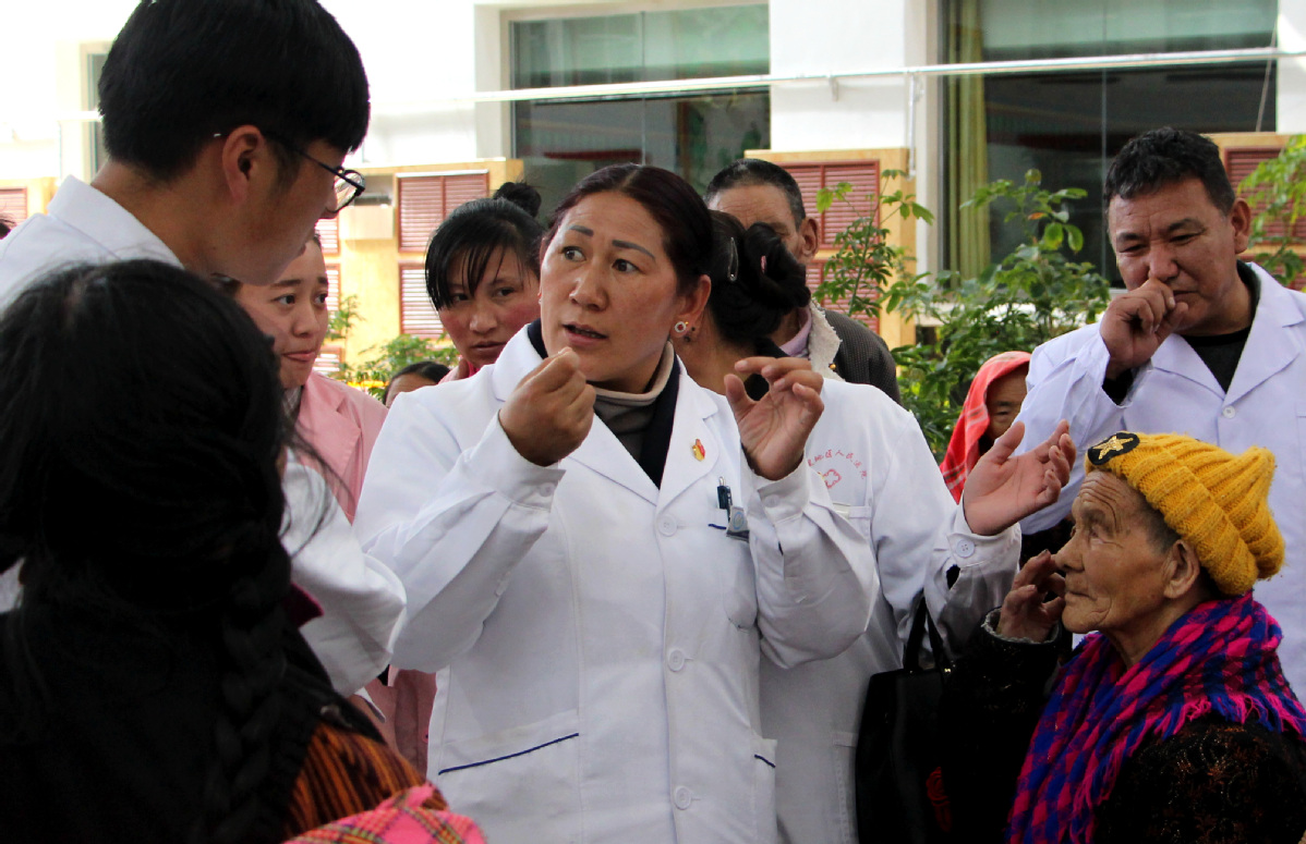 'Most Beautiful Doctor of China' devoted to health of her people