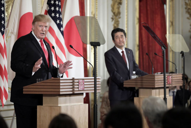 Japan, US vow to expedite talks on trade deal, deescalate tensions in Persian Gulf
