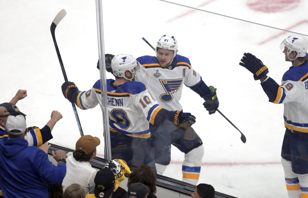Blues lead Bruins 1-0 after 1 in Cup opener