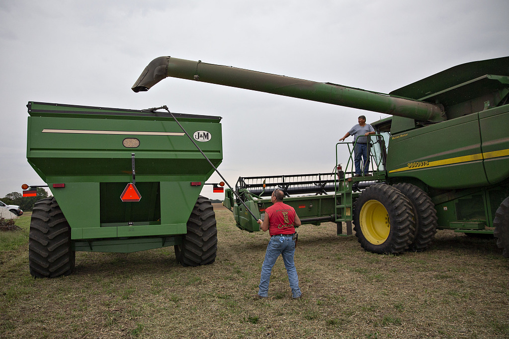 How much does the trade war hurt American farmers?