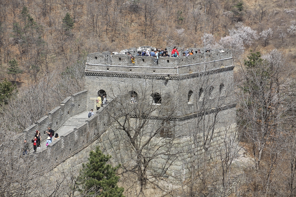 Beijing Great Wall to limit daily visitor number to 65,000