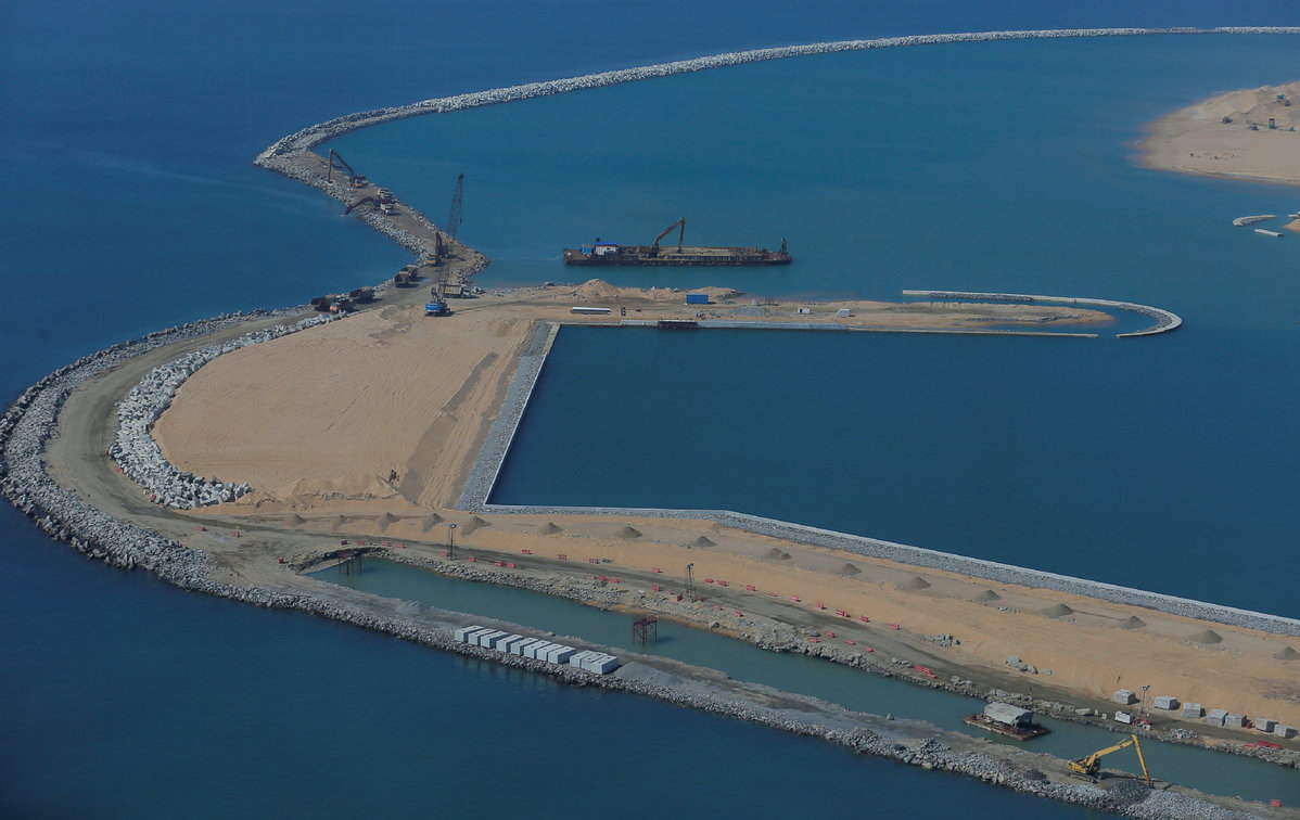 Chinese firm wins 2nd contract in Ghana's port expansion