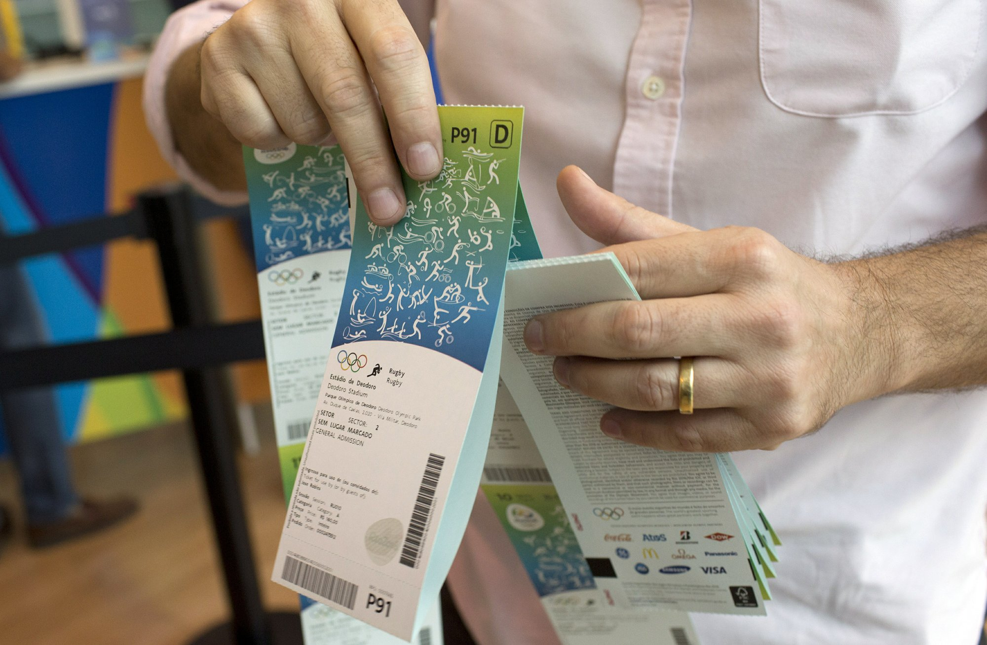 Scramble for Olympic tickets in Japan; rest of world waits