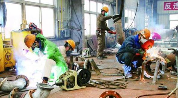 Shipyards in Zhoushan rank among top 10 ship repairers globally
