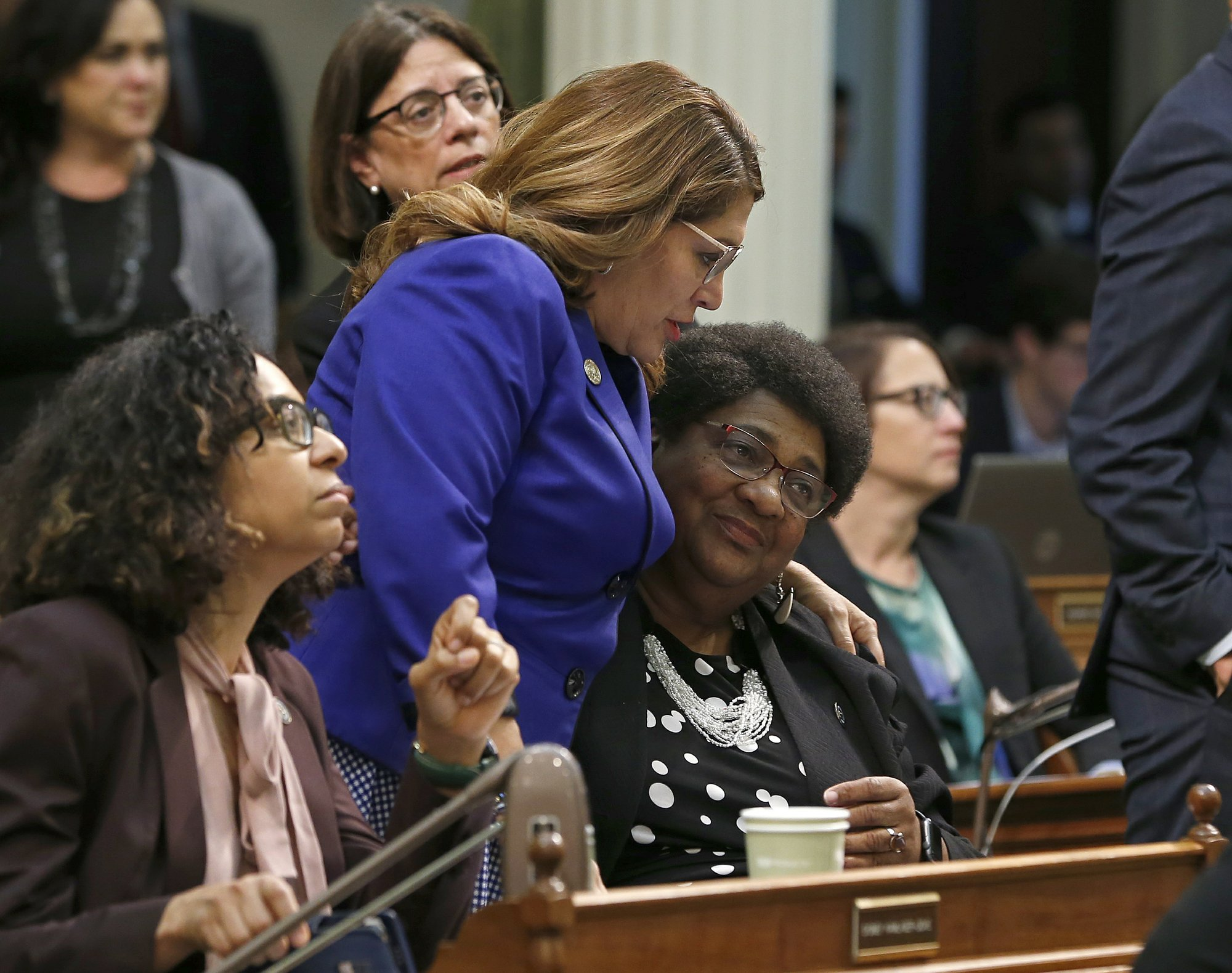 California Assembly backs bill to deter shootings by police
