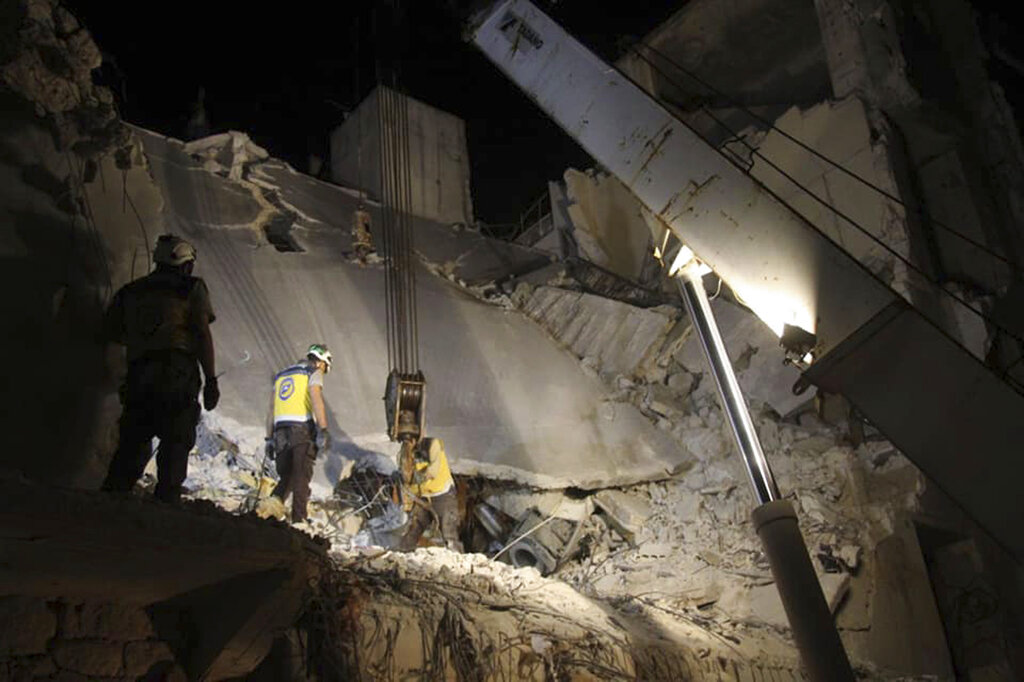 Syrian activists say bombing of rebel area killed 5 people