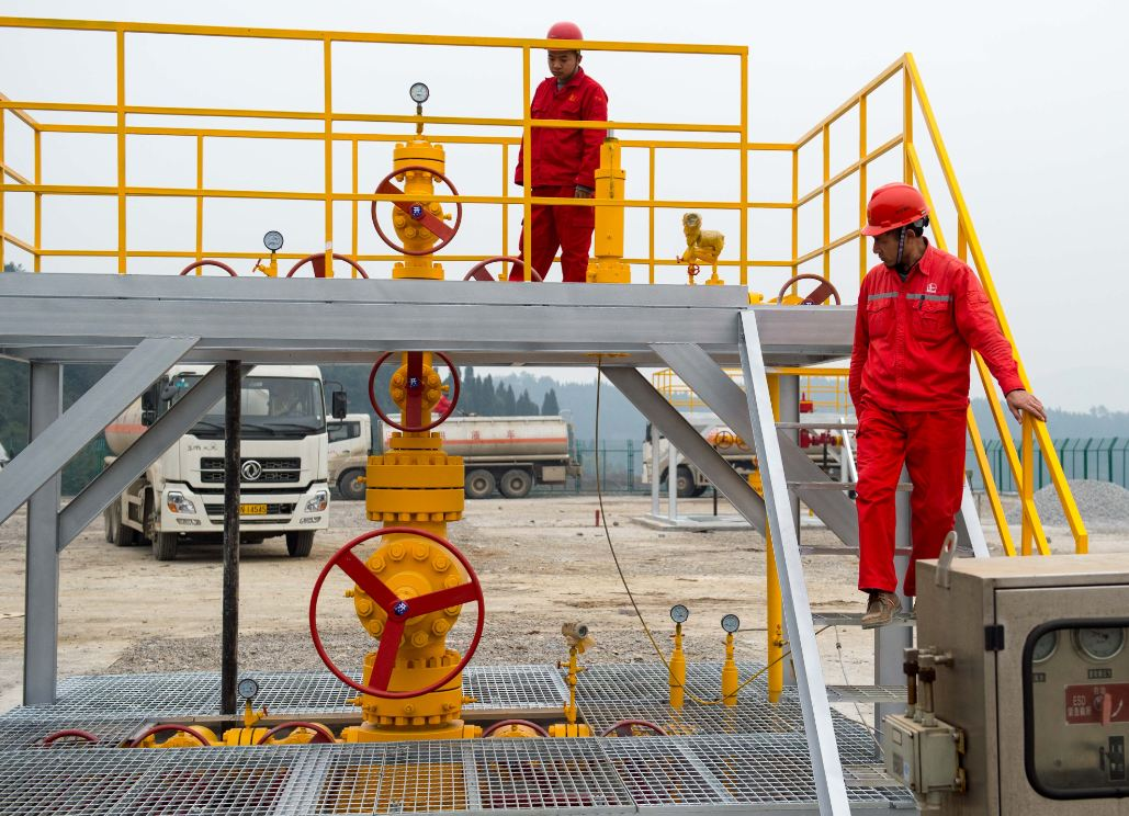 Chinese scientists try to make fracking more effective, greener by replacing water with CO2