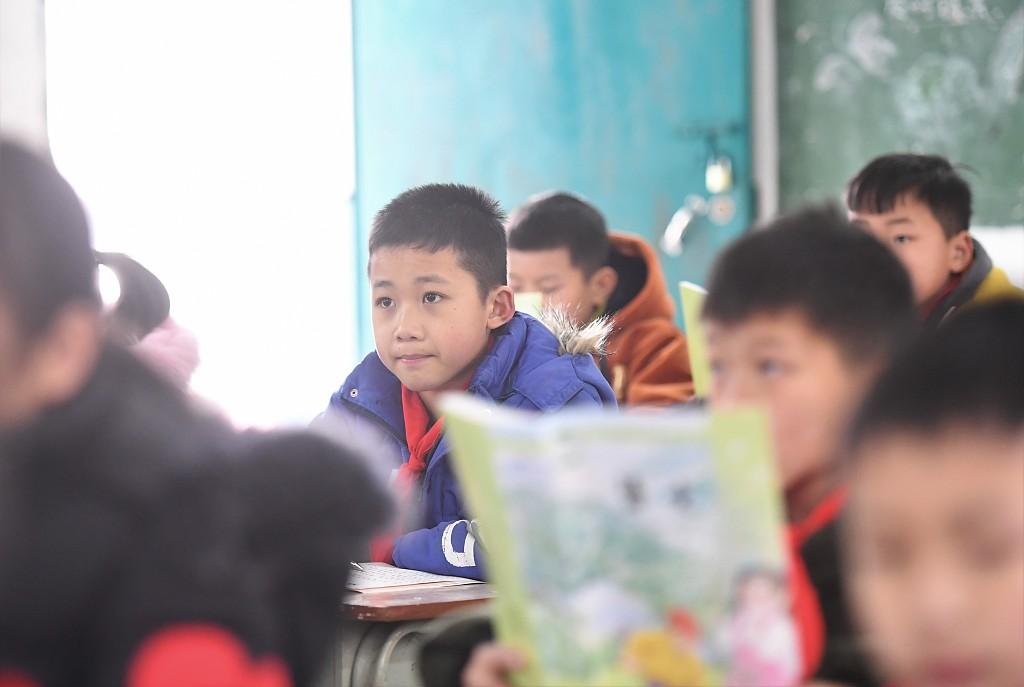 China promotes Mandarin in impoverished regions