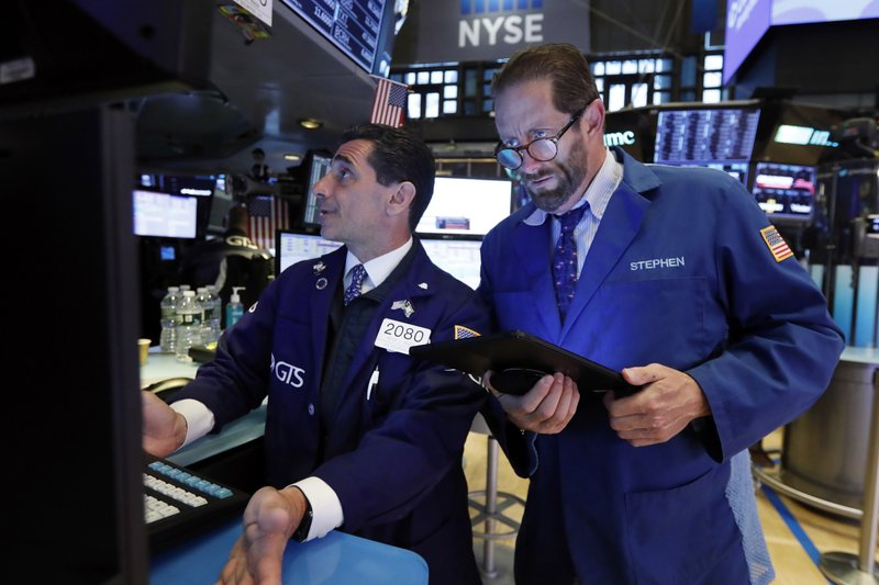 US stocks close lower amid Mexico tariffs, consumers' fear