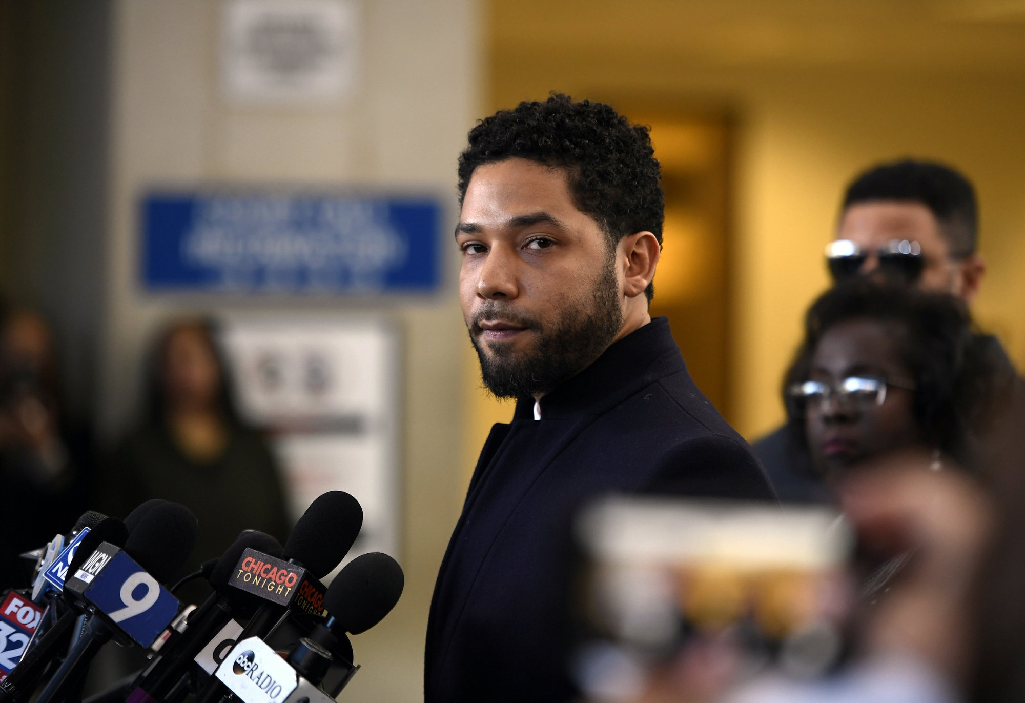 Prosecutor shifts Smollett recusal reasons, releases files