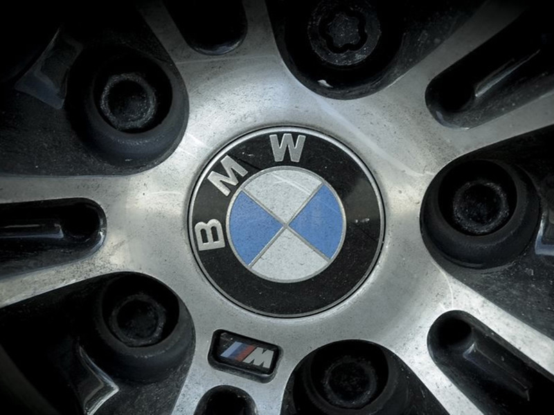 BMW to recall 319,045 vehicles in China