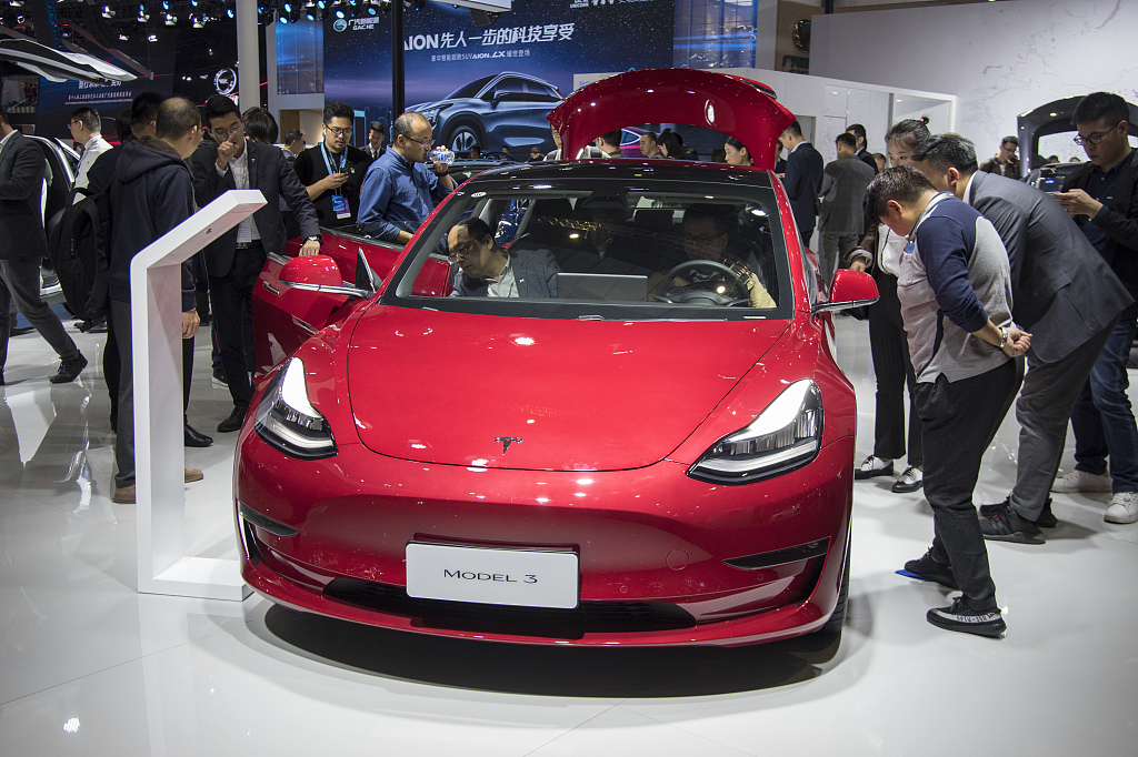 Tesla takes orders for China-made Model 3