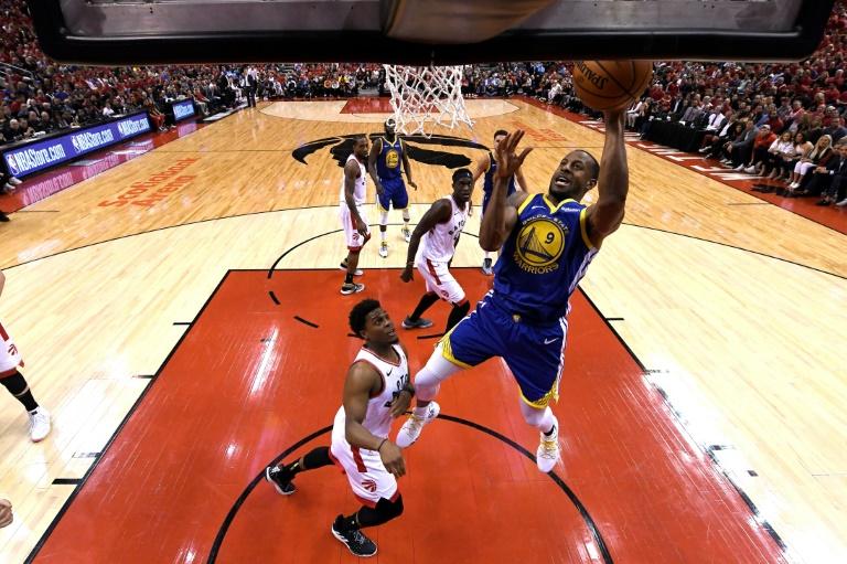 Iguodala lifts Warriors over Raptors to level NBA Finals