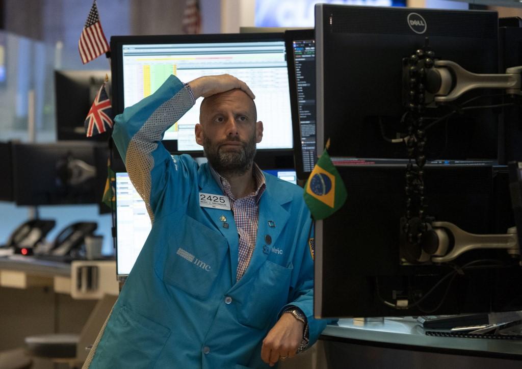 US stocks extend rally after more dovish Fed tilt