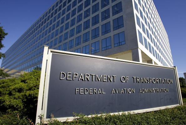 US announces 840 mln dollars in investment to refurbish airports
