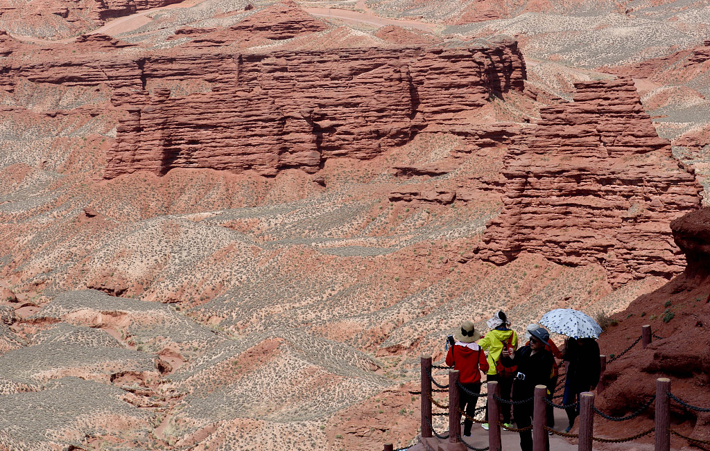 Gansu envisions tourism as route out of poverty