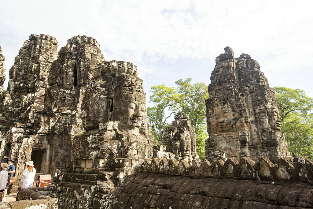 Number of Chinese tourists to Cambodia up 37 pct in first 4 months