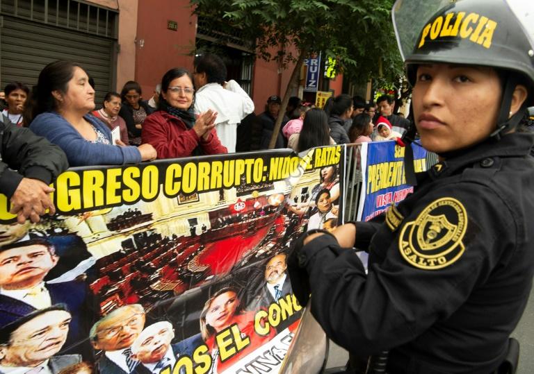 Peru president wins confidence vote over corruption reform
