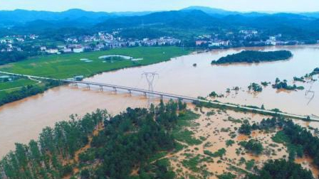 Six killed by hail and floods in East China's Jiangxi Province