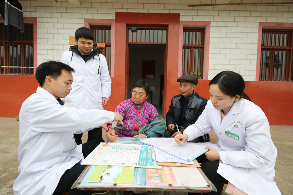 China to set up more medical alliances in cities, counties