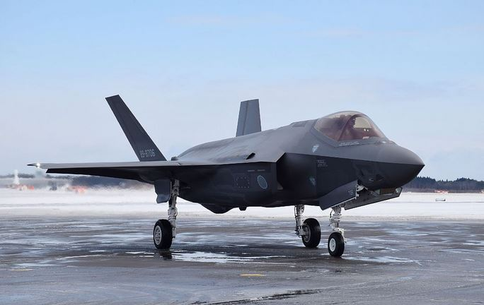 Japan to push ahead with deployment of F-35As despite crash