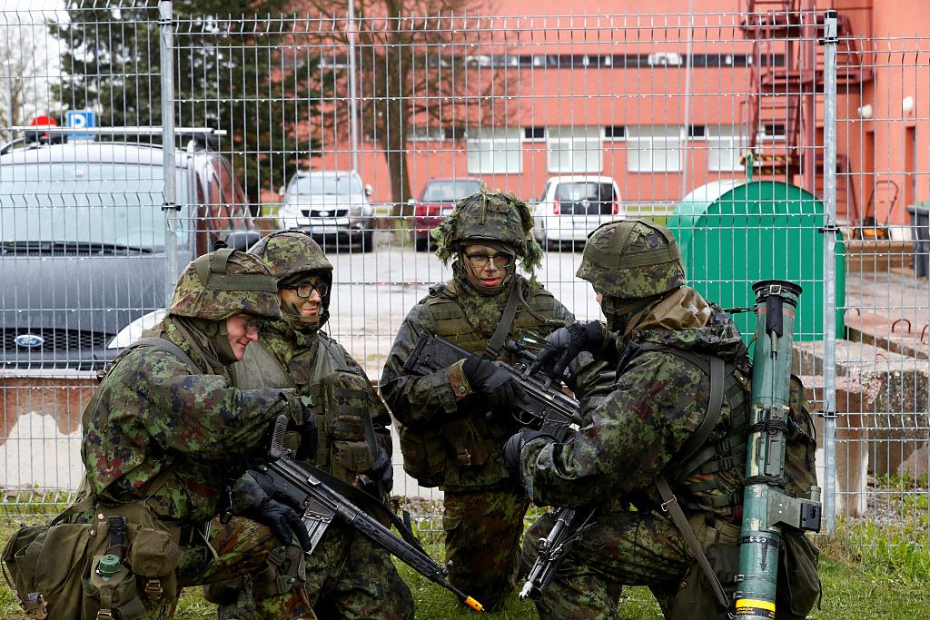 Russia intercepts US, Swedish jets to prevent border violation