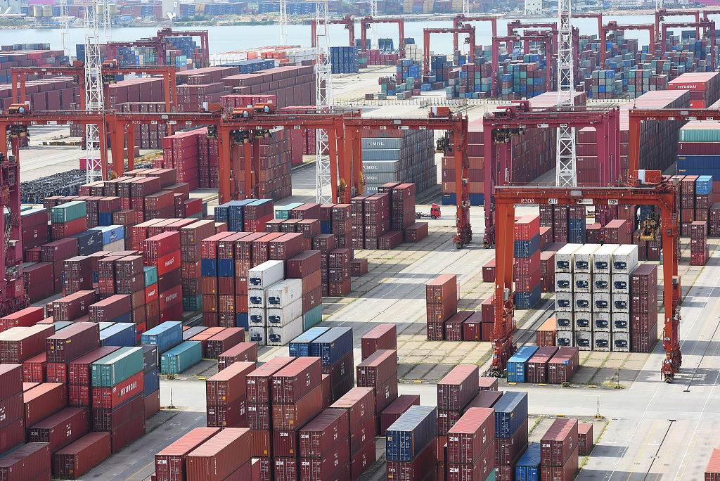 China's service trade up 4.1 pct in first four months