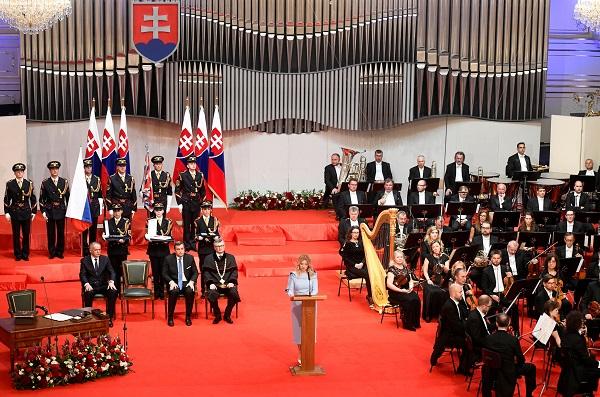 Slovakia's first female president sworn in