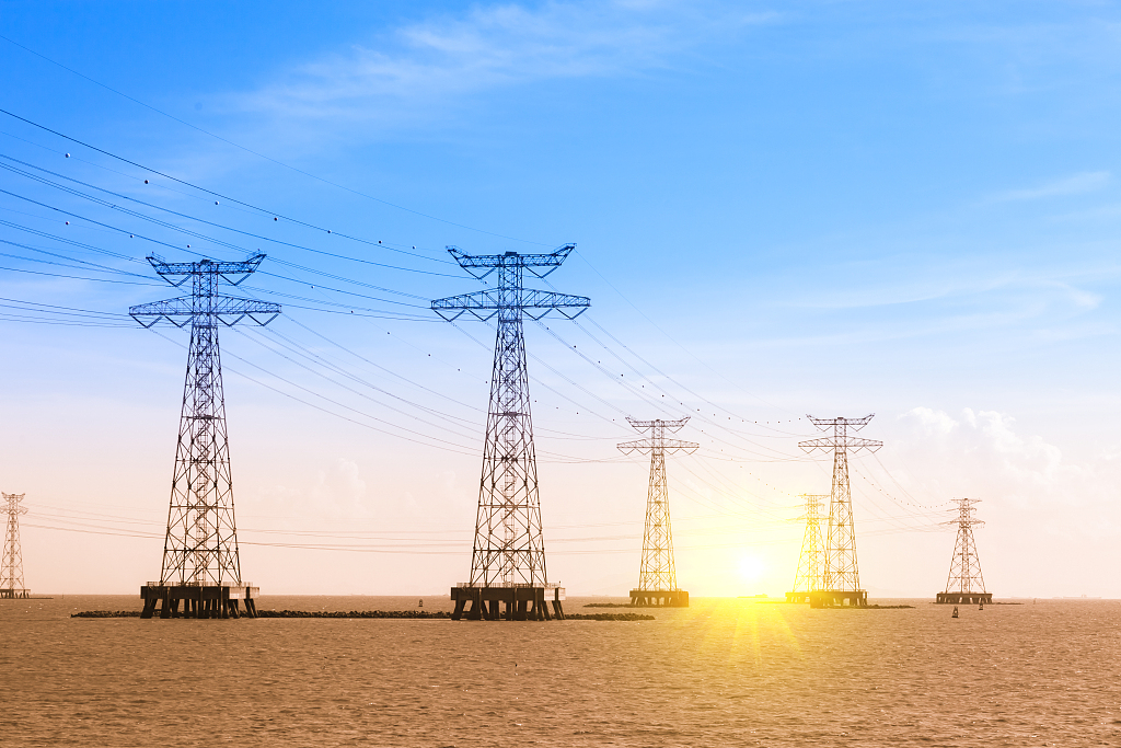 China's power use up 4.9% from Jan to May