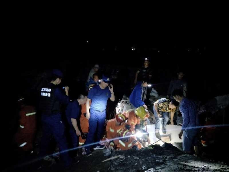 11 killed, 112 injured in Sichuan earthquake