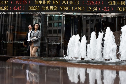 Hong Kong stocks close 1.00 pct higher