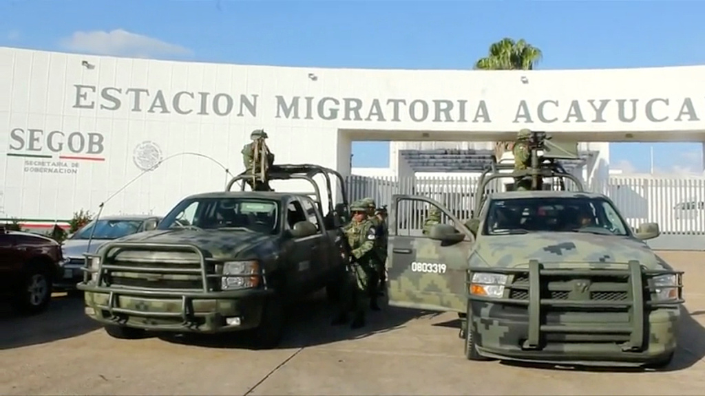 Mexico vows crackdown on human smugglers after deal with US