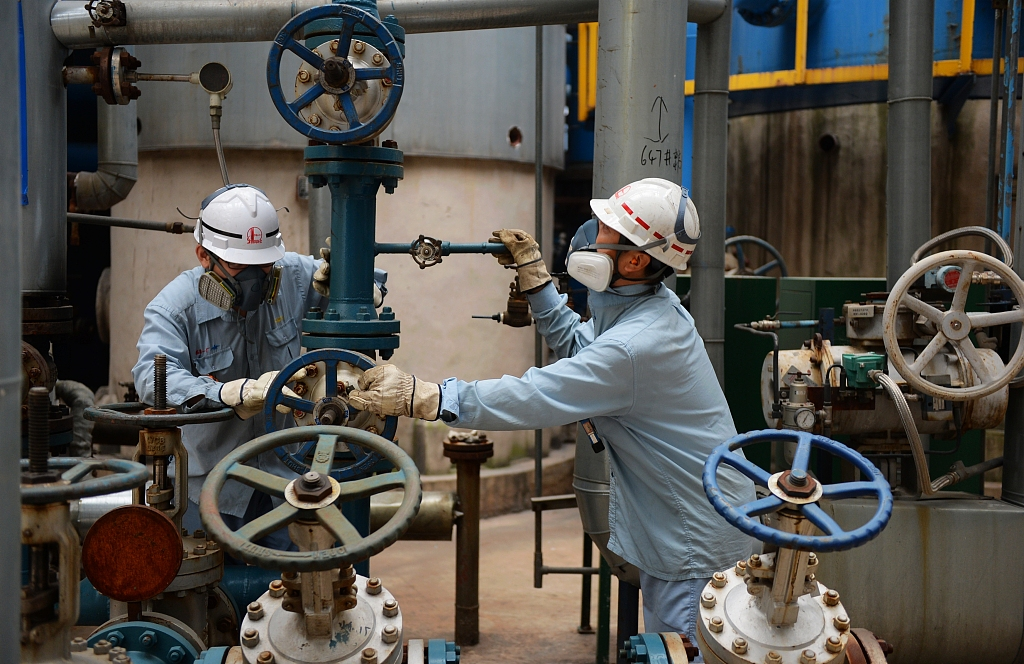 China sees substantial growth in refinery capacity
