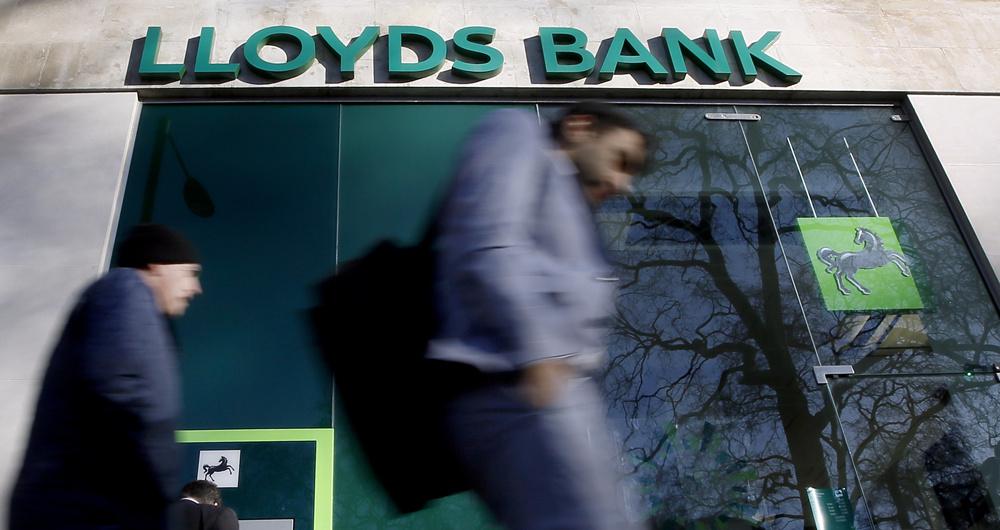 Britain's Lloyds bank freezes 8,000 offshore accounts