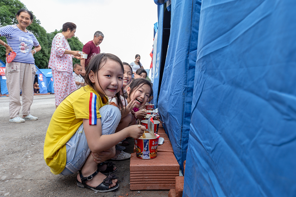 Authorities allocate 360 mln yuan for disaster relief in south China