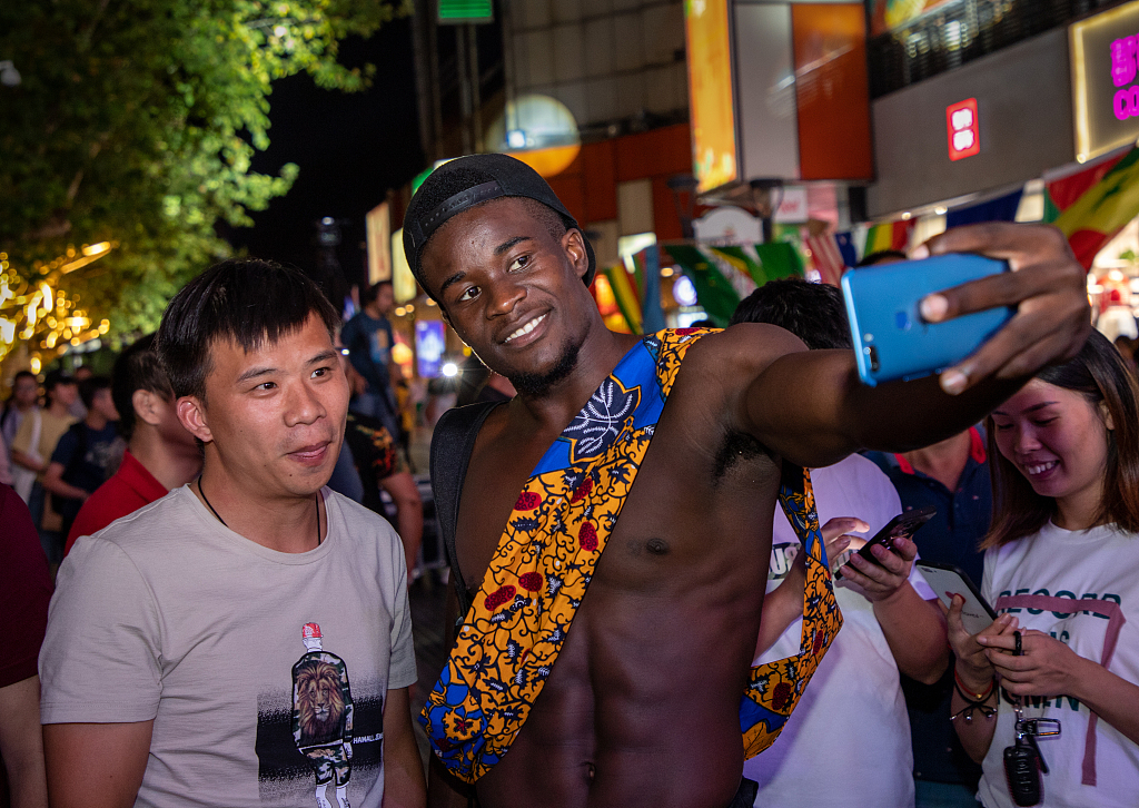 Experts vow to boost China-Africa people-to-people exchanges