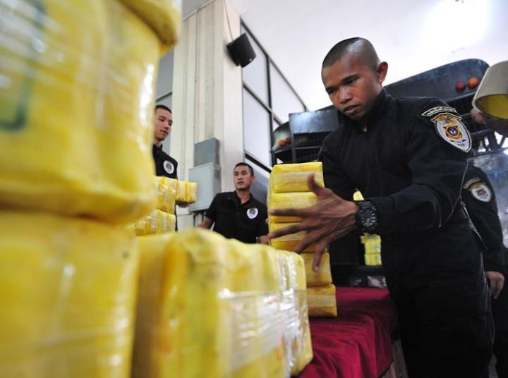 6 arrested with nearly 4 million meth pills in northern Thailand