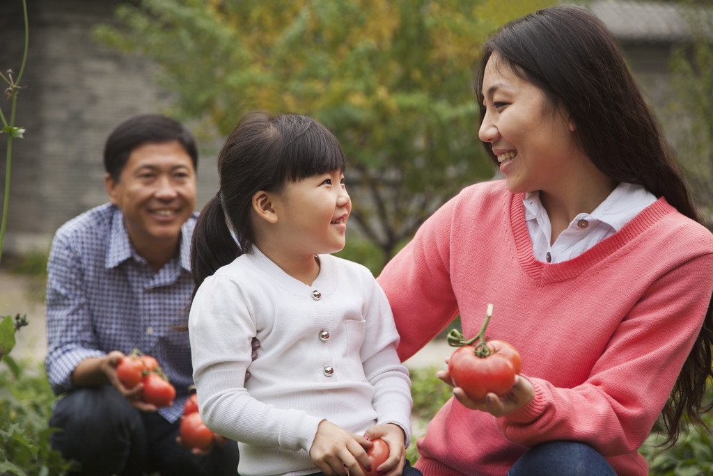 China's draft law regulates child adoption practice