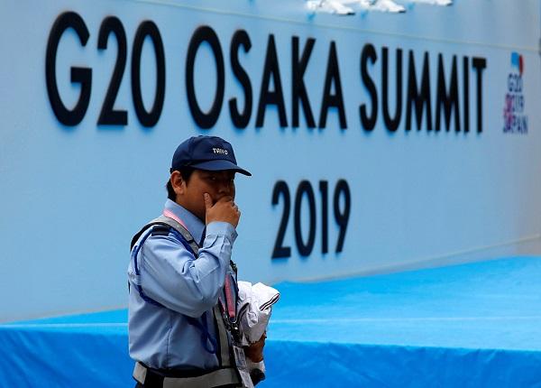 China slams US 'Plan B' ahead of bilateral summit