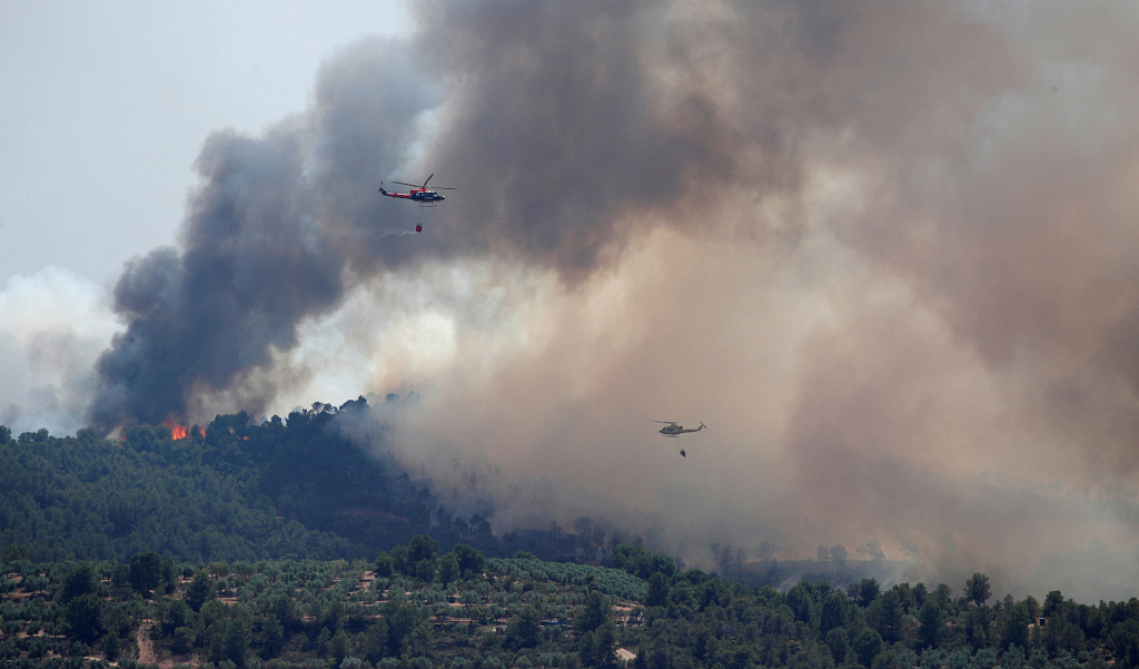 Spain wildfire out of control raging 80 km amid Europe heatwave
